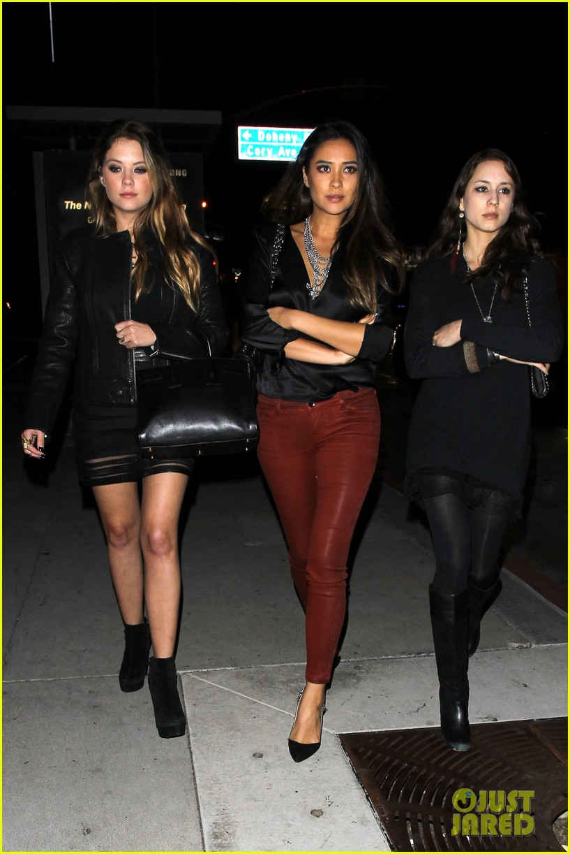 ashley benson shay mitchell pretty little liars wrap party 032985898