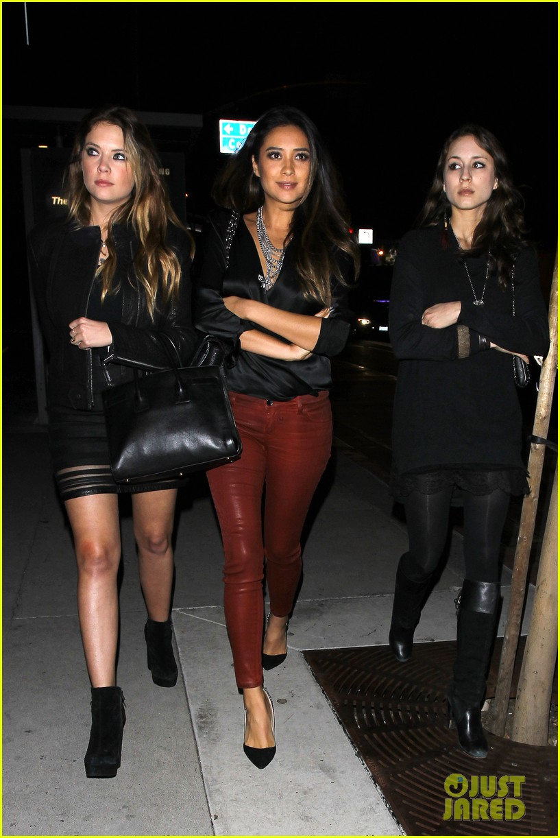 ashley benson shay mitchell pretty little liars wrap party 042985899