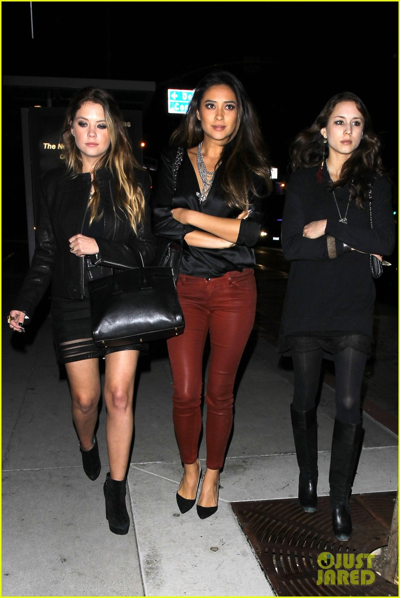 ashley benson shay mitchell pretty little liars wrap party 072985902