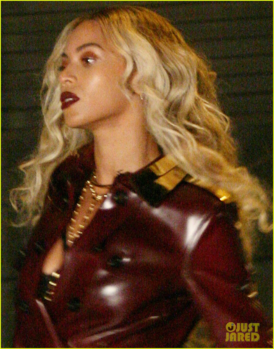 beyonce rocks red leather trench for music video shoot 052996785