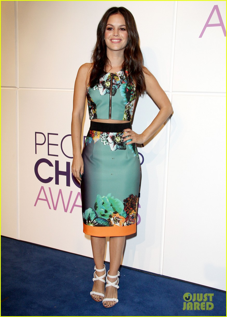 rachel bilson peoples choice awards nominations conference 13