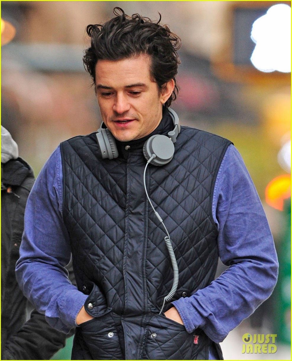 orlando bloom braves chilly weather after nyc first snow 042991253