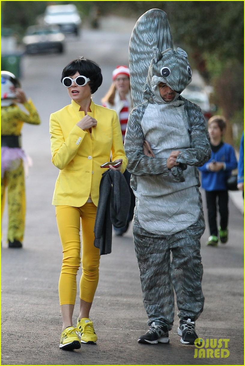 julie bowen psys sidekick halloween costume 012984322