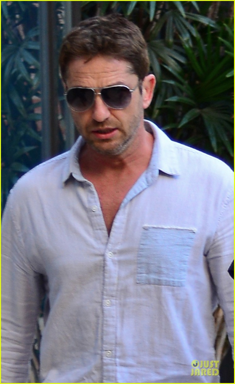 gerard butler beverly hills outing after kane lynch news 022987319