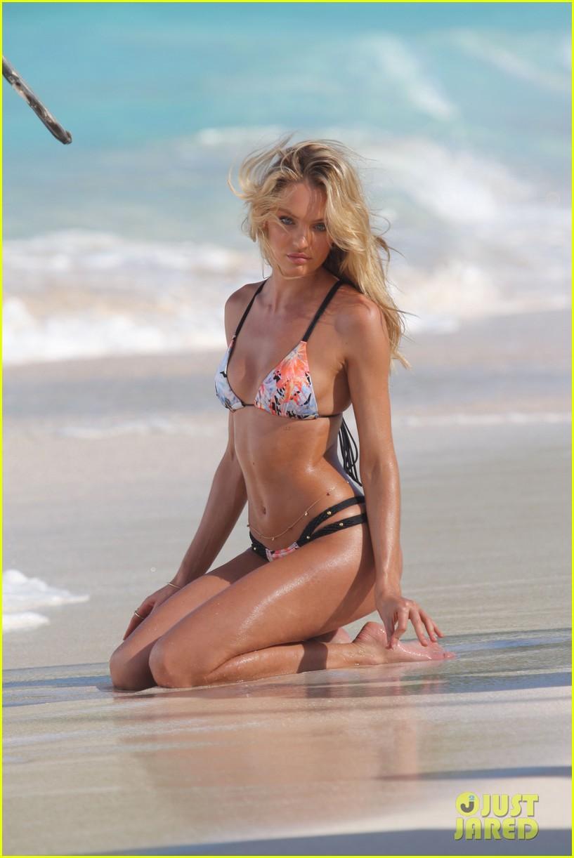candice swanepoel shows off fabulous bikini body 132998799