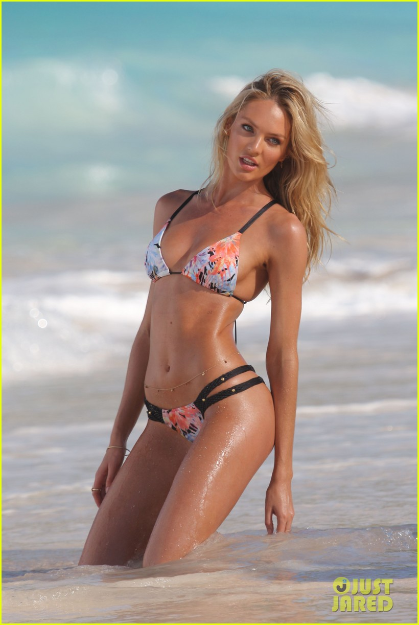 candice swanepoel shows off fabulous bikini body 15