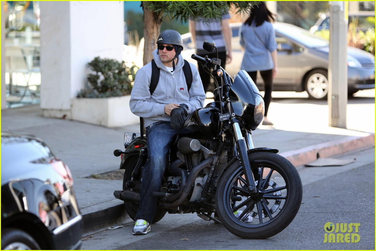 charlie hunnam west hollywood motorcycle man 102985618