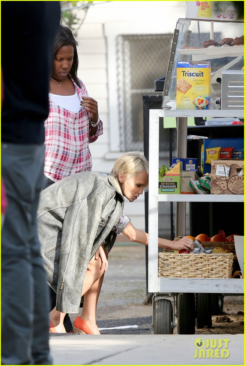 kristin chenoweth snacks during fun day at work 032995939