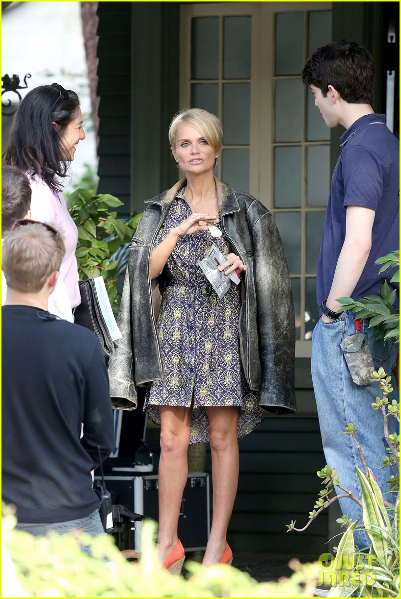 kristin chenoweth snacks during fun day at work 102995946