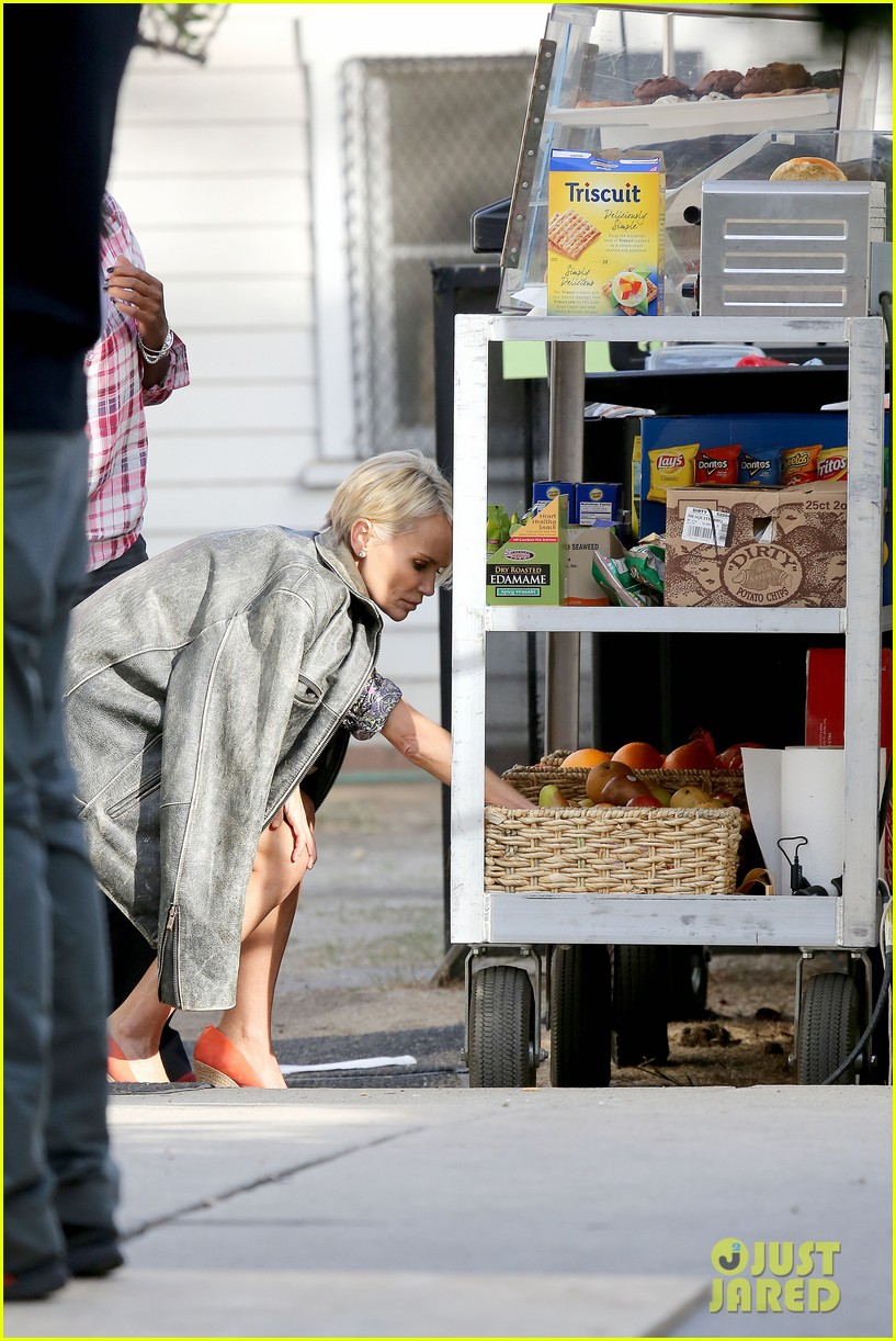 kristin chenoweth snacks during fun day at work 12