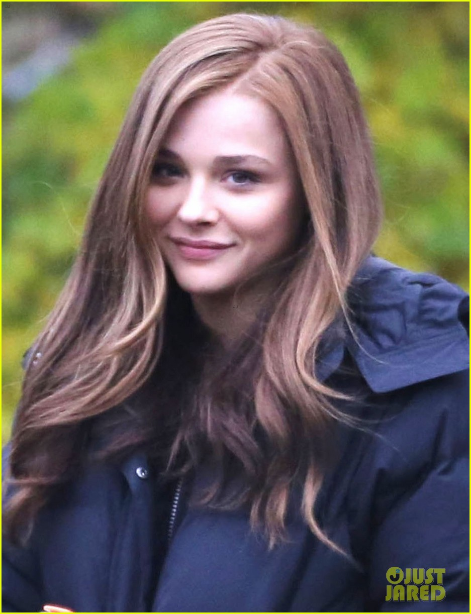 chloe moretz early morning filming for if i stay 022988121