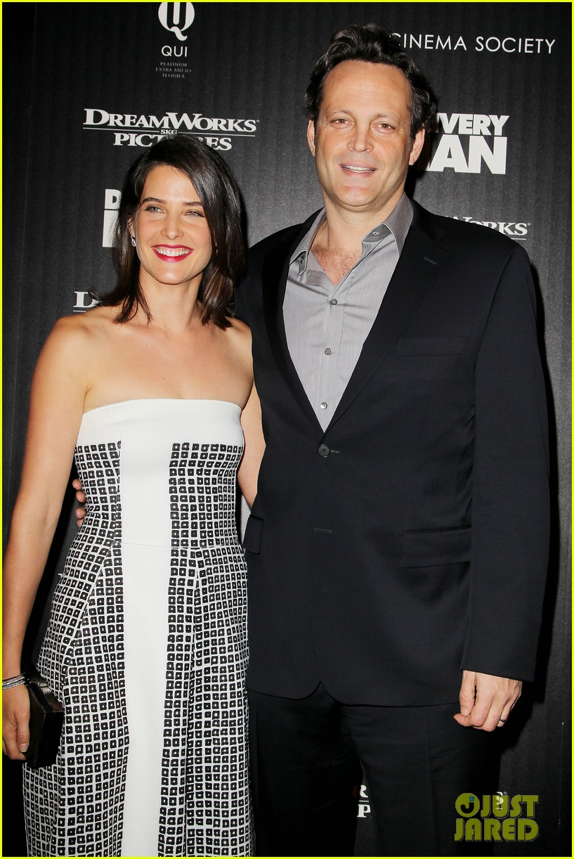 cobie smulders delivery man premiere with vince vaughn 082995137