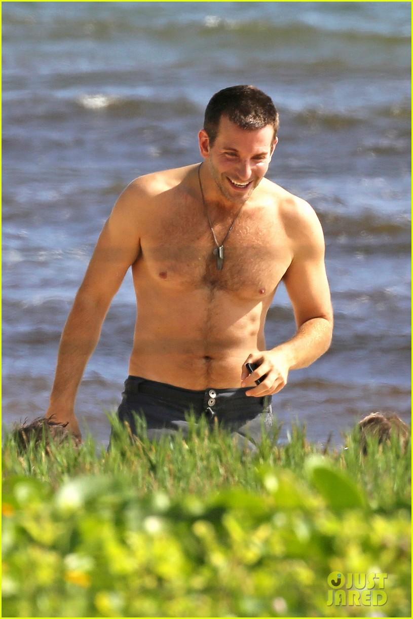 bradley cooper shirtless with john krasinski pregnant bikini clad emily blunt 032996543
