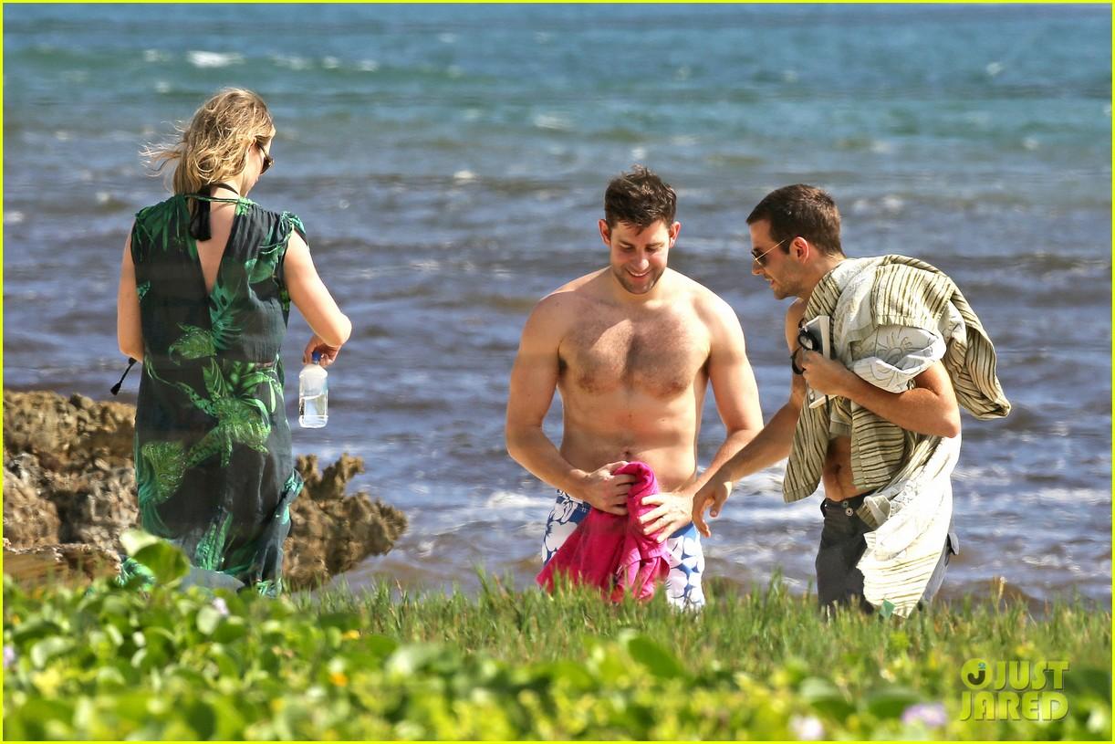 bradley cooper shirtless with john krasinski pregnant bikini clad emily blunt 182996558