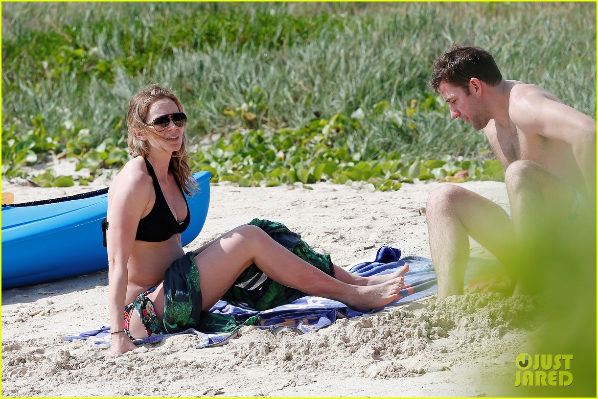 bradley cooper shirtless with john krasinski pregnant bikini clad emily blunt 402996580