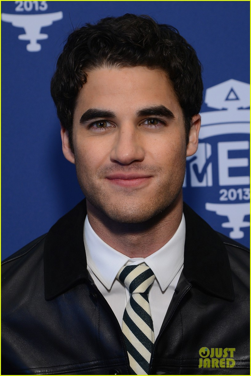 darren criss cher lloyd mtv ema us telecast meet greet 022990058