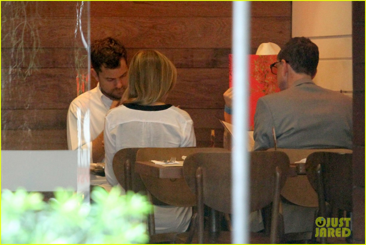 diane kruger joshua jackson lunch with pals in rio 192984294
