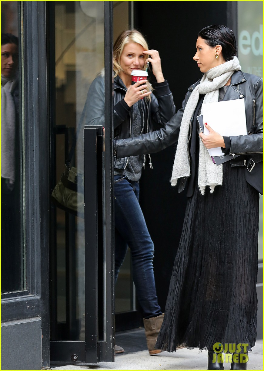 cameron diaz thank you for the warm welcome on twitter 022989663