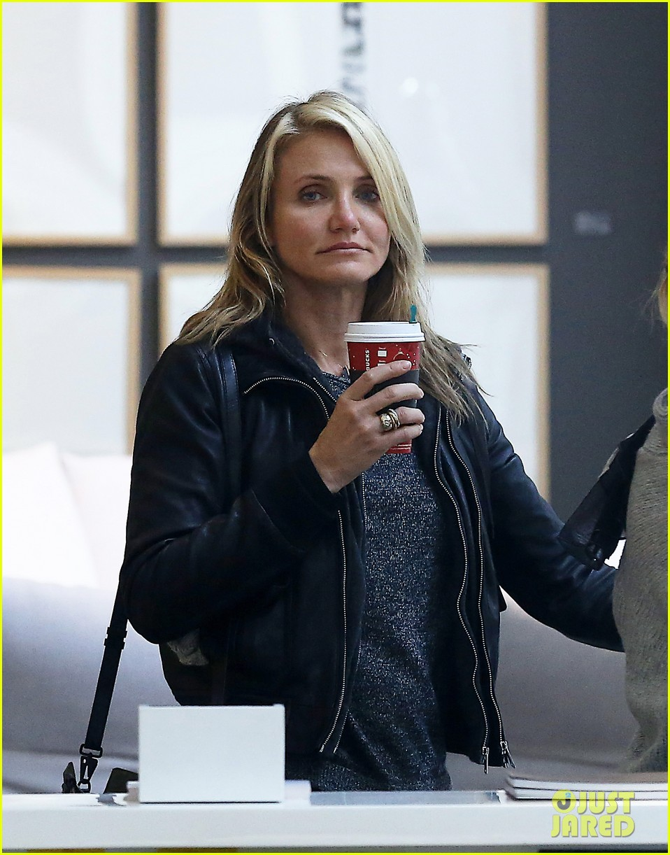 cameron diaz thank you for the warm welcome on twitter 032989664