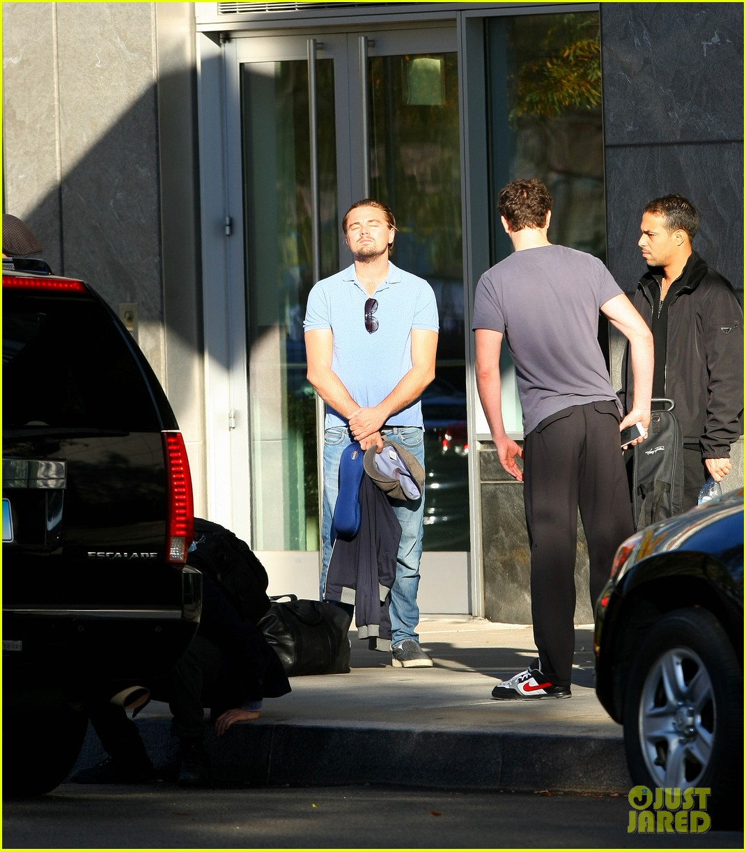 leonardo dicaprio basks in the new york city sun 052994442