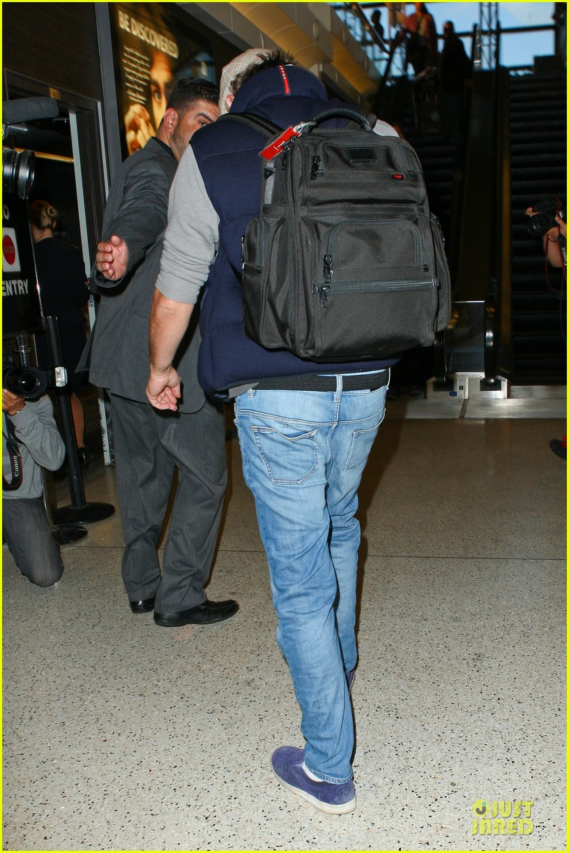 leonardo dicaprio lax departure after lacma art film gala 232986137