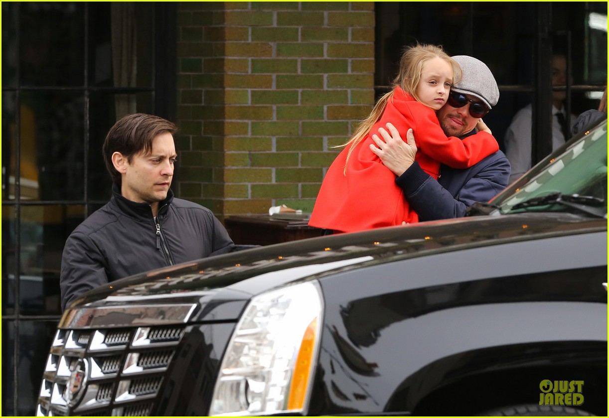leonardo dicaprio cares for tobey maguire daughter ruby 022989232