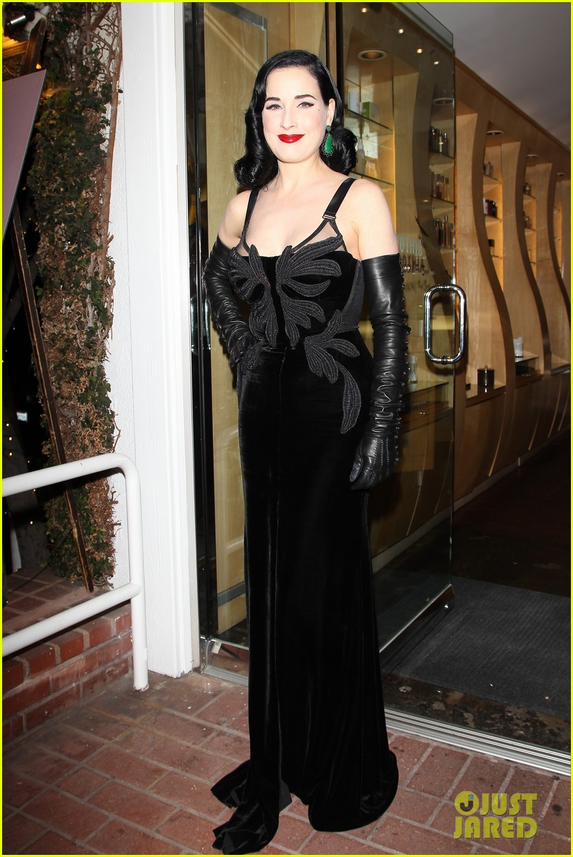 dita von teese erotique fragrance launch 062998069