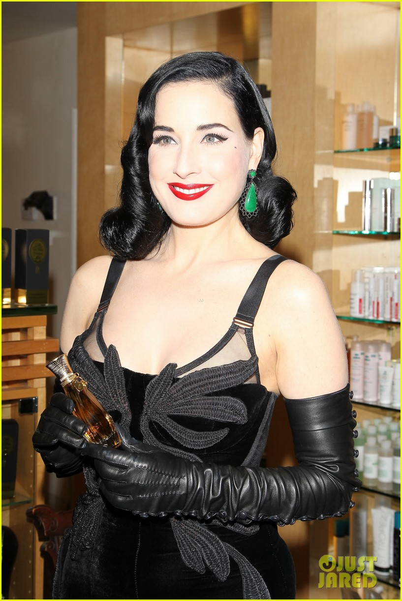 dita von teese erotique fragrance launch 132998076