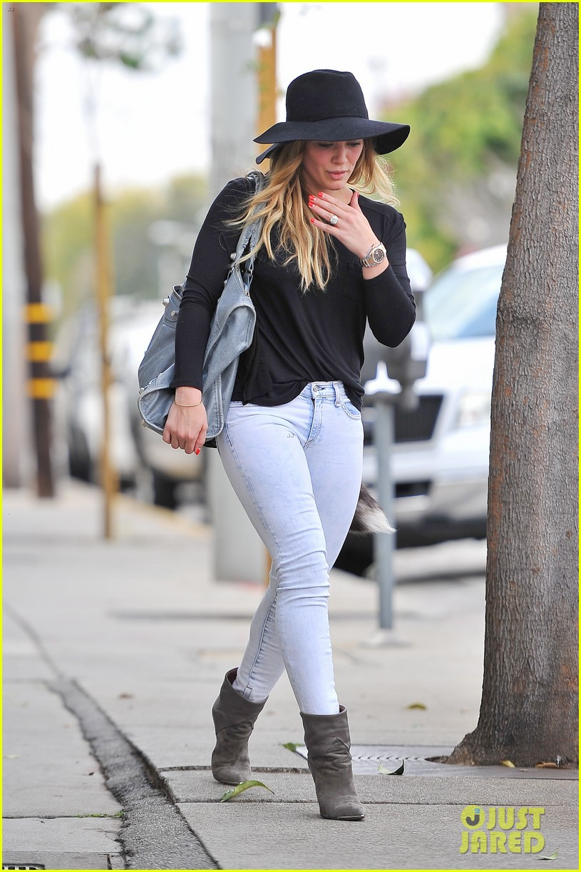 hilary duff only baby im working on is my album 072987565