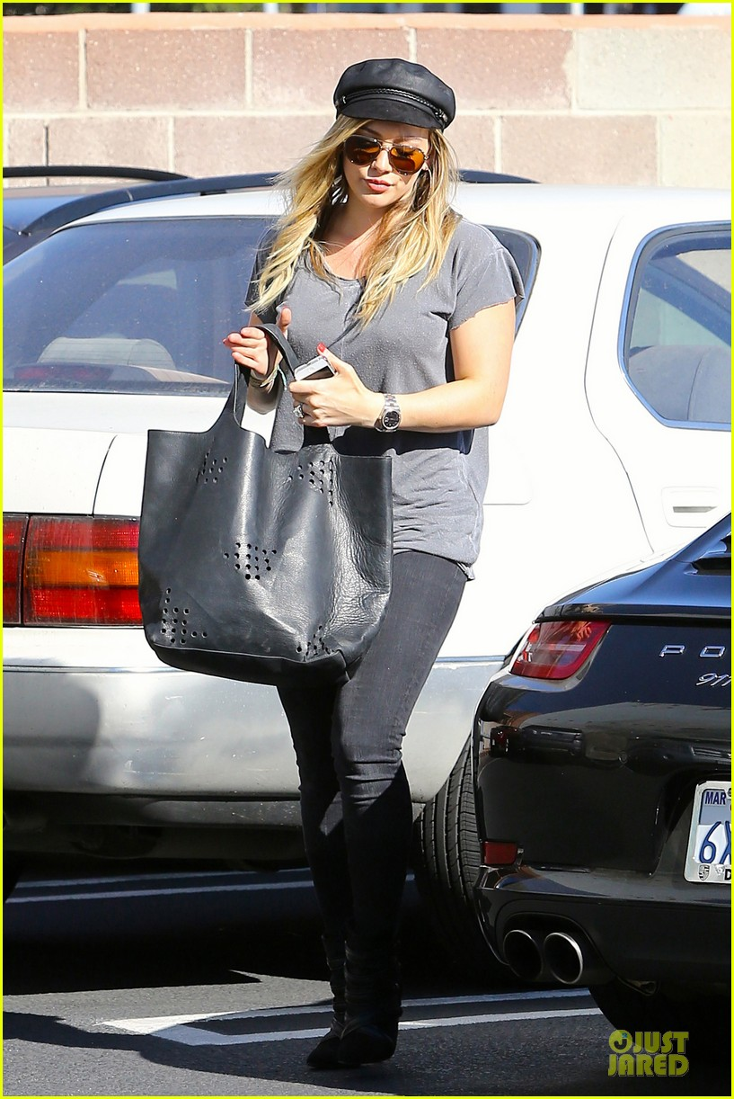 hilary duff i would like to try for a girl 292985145