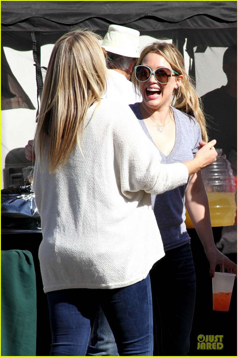 hilary duff monday workout after farmer market fun 162990673