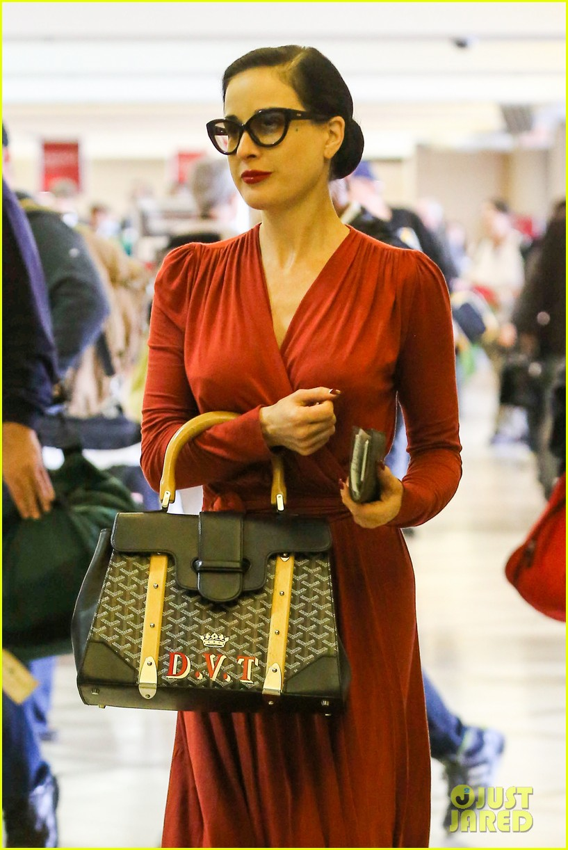 dita von teese announces meet greet 192992052