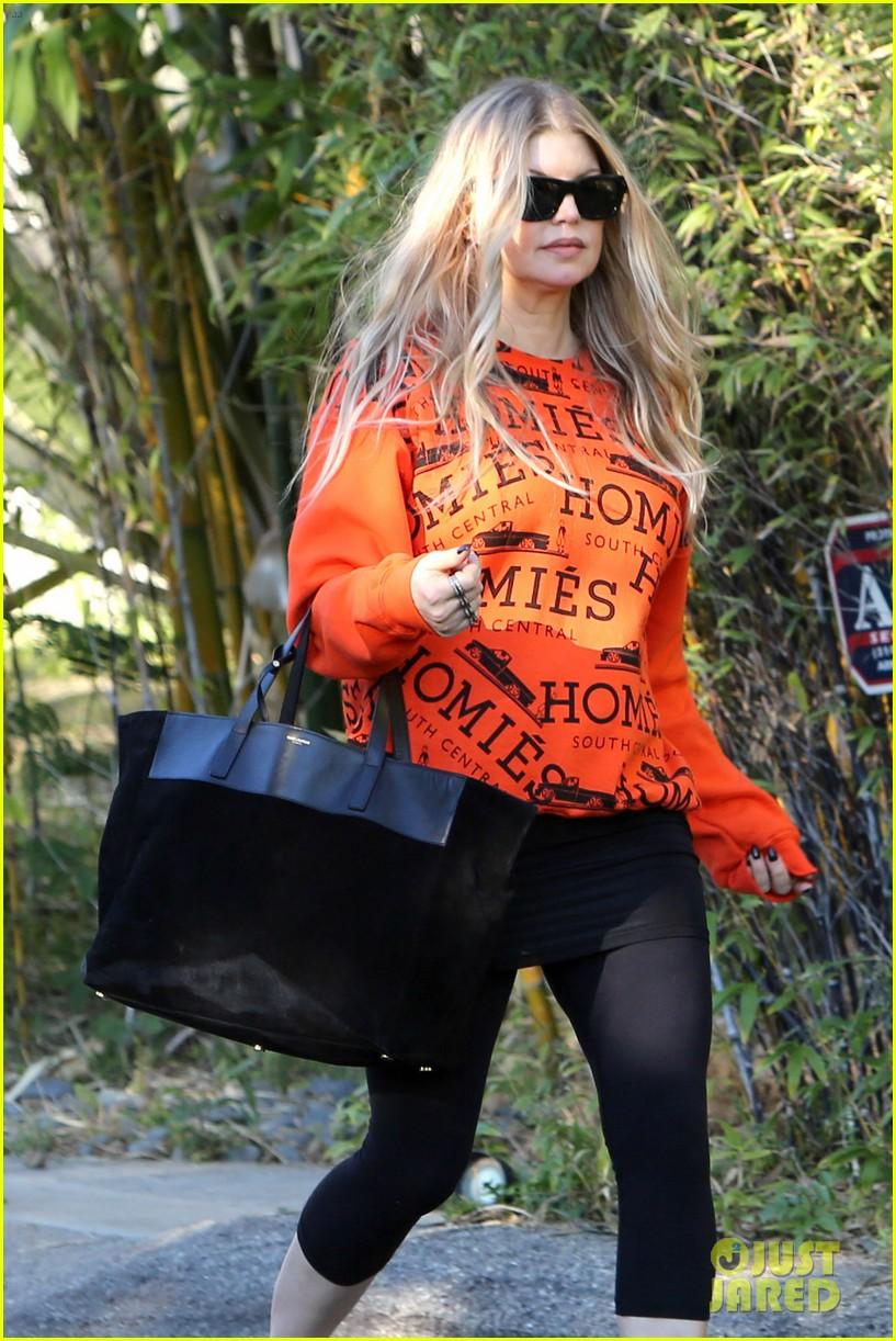 fergie halloween festive in orange sweatshirt 062983721