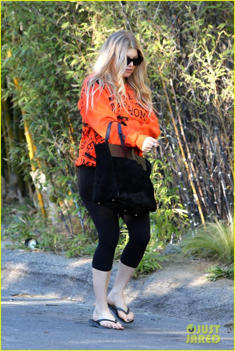 fergie halloween festive in orange sweatshirt 122983727