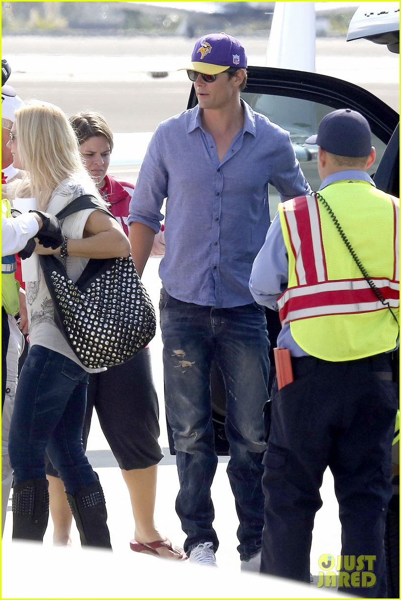 fergie josh duhamel private flight after lacma art film gala 072985924