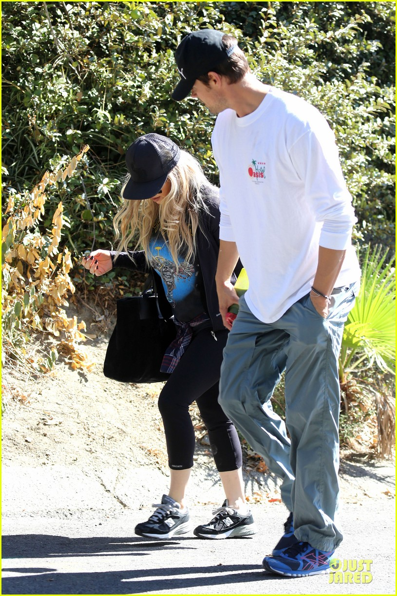fergie josh duhamel workout pair after halloween 052984697