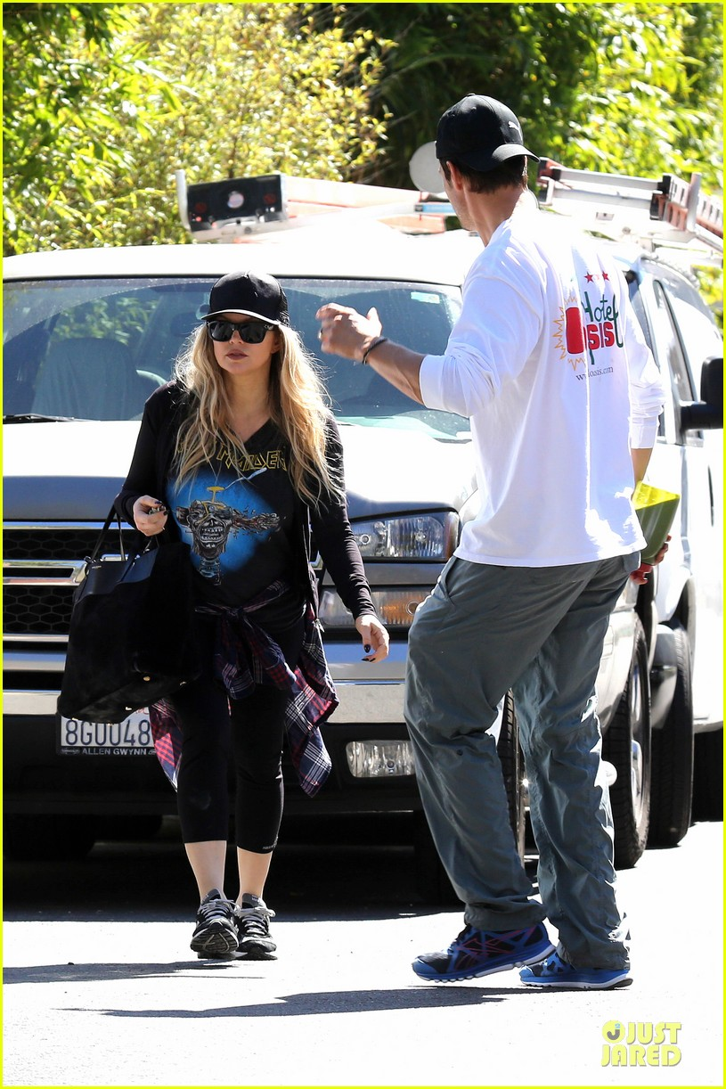 fergie josh duhamel workout pair after halloween 102984702