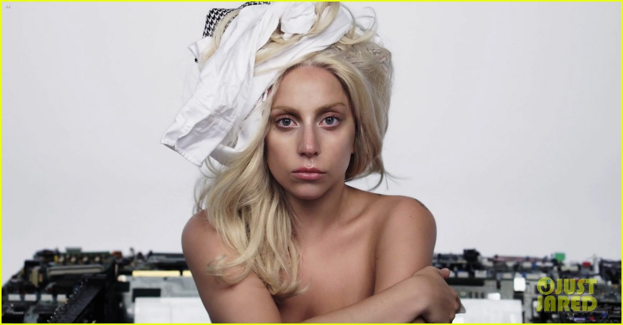 lady gaga releases an artpop film watch now 032997047