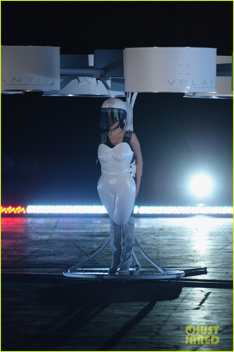 lady gaga debuts flying dress at artrage listening party 012990003
