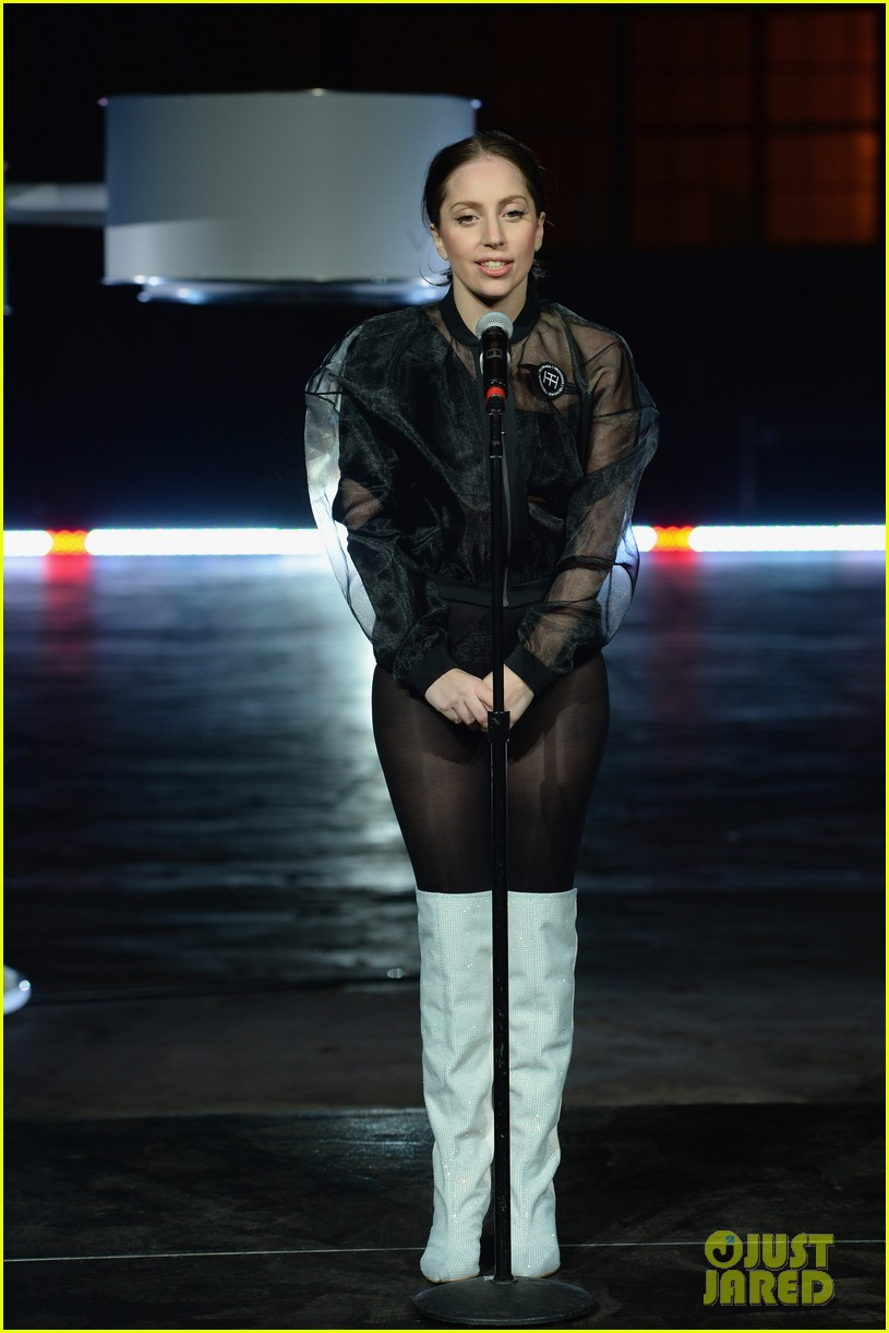 lady gaga debuts flying dress at artrage listening party 032990005