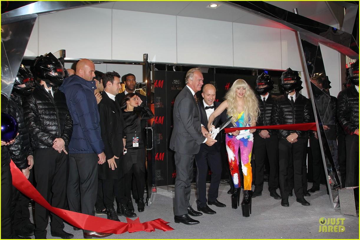 lady gaga cuts red ribbon at hm store opening 072992401