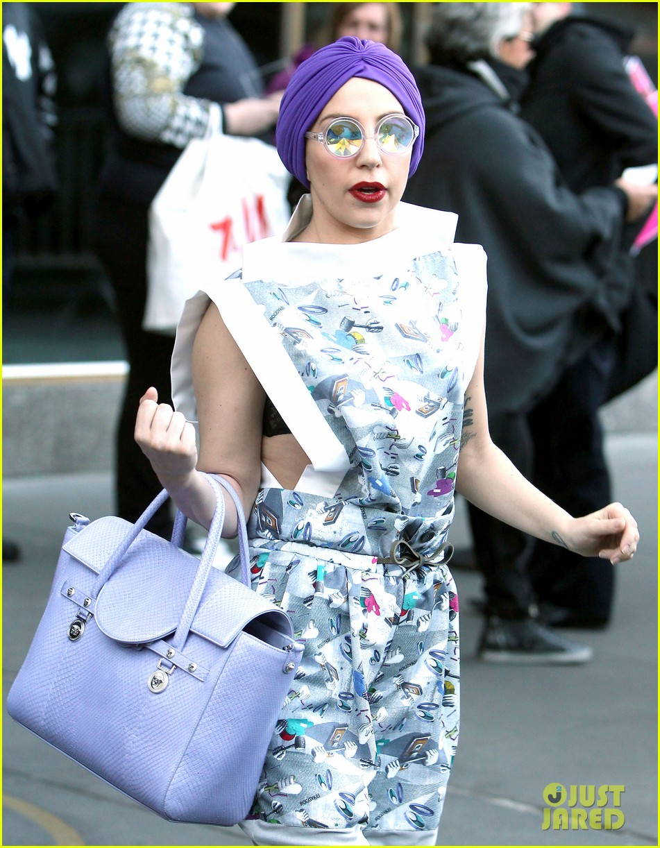 lady gaga artpop projected to sell 260k in first week 132991881
