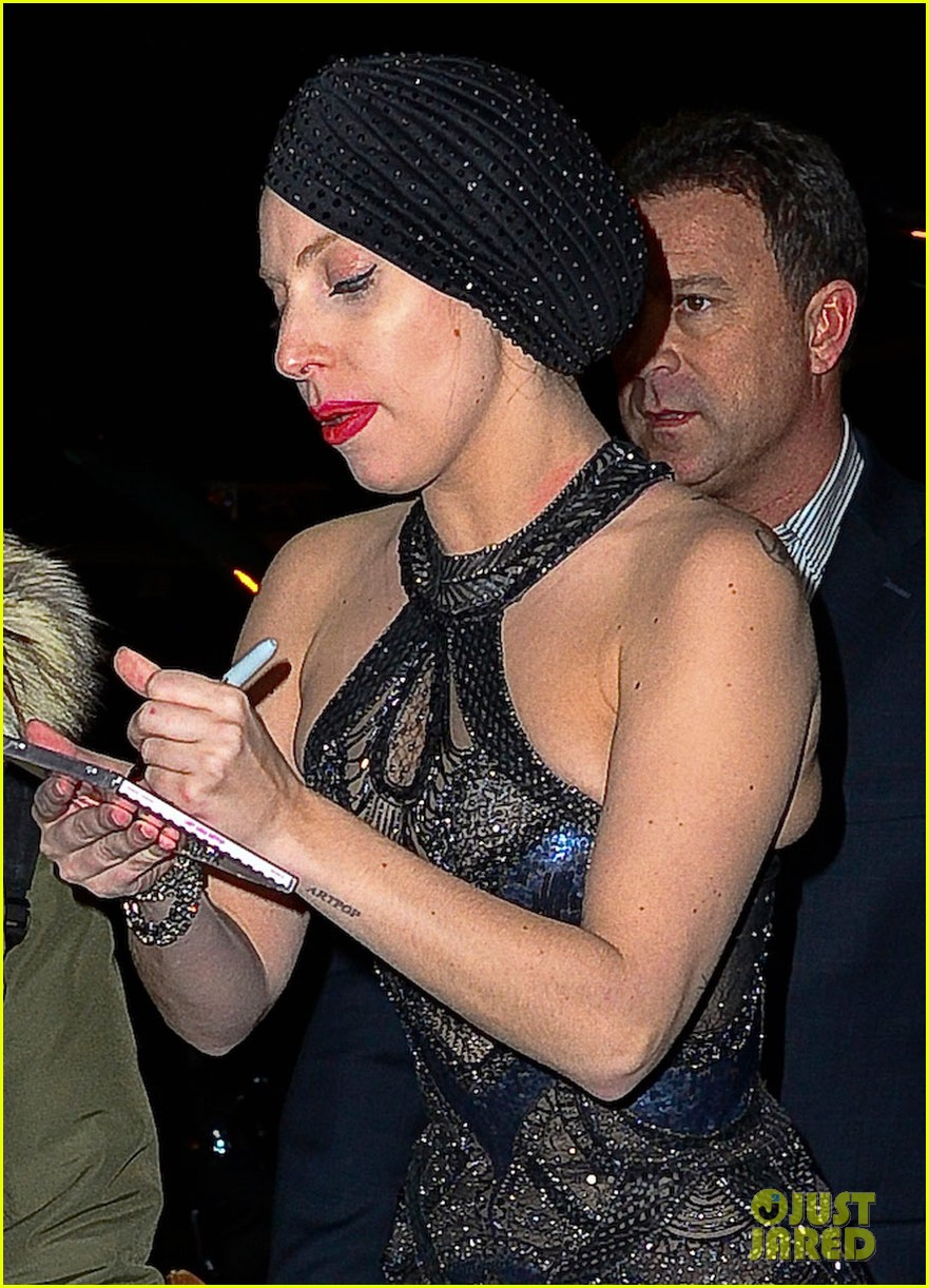 lady gaga greets fans after saturday night live rehearsals 022991374