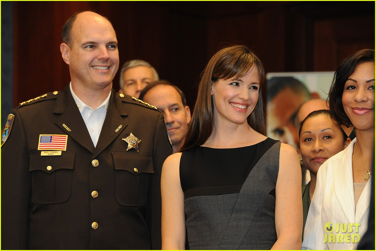 jennifer garner visits capitol hill to introduce strong start bill 142991958