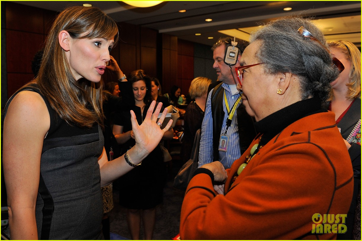 jennifer garner visits capitol hill to introduce strong start bill 172991961