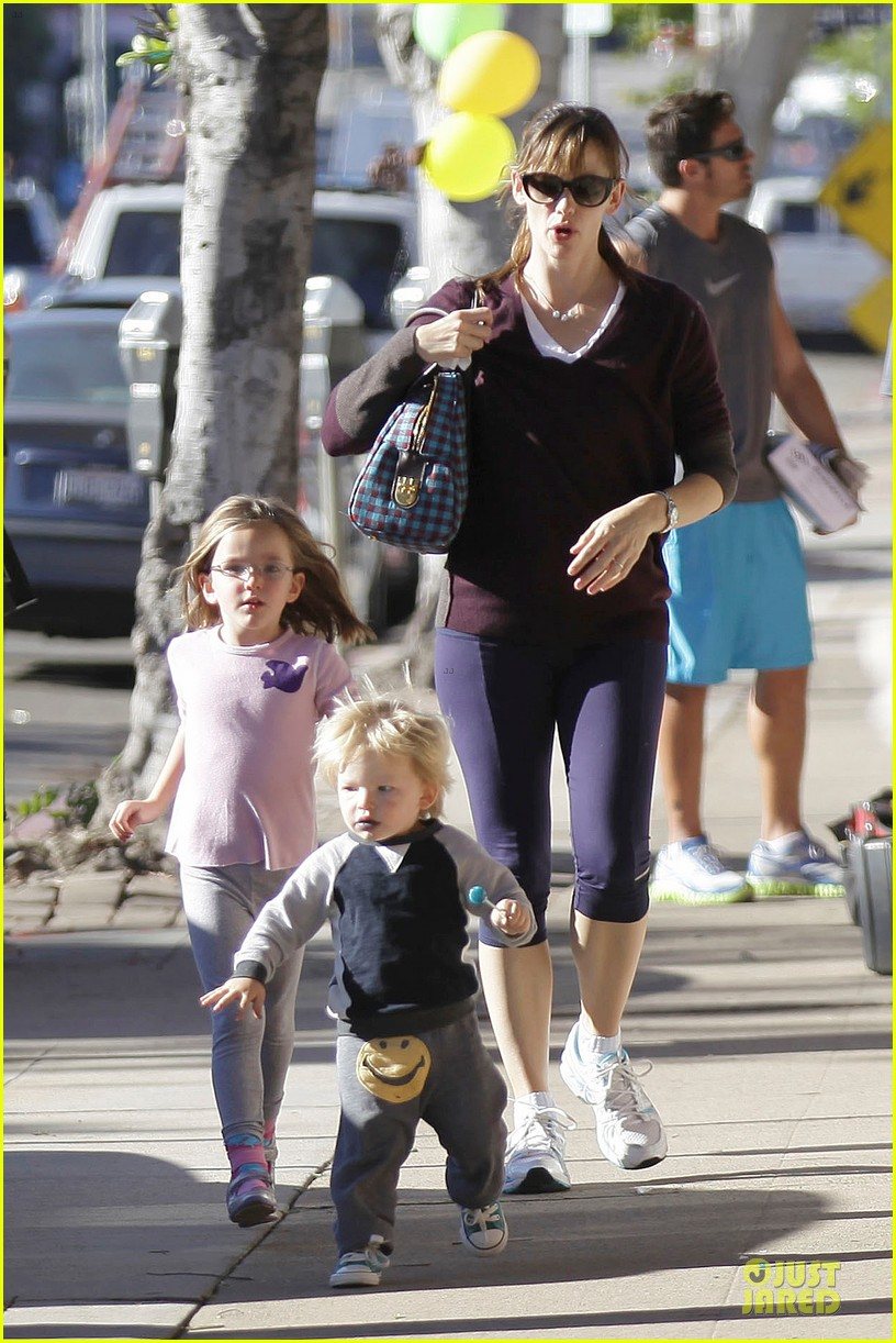 jennifer garner errands with kids after halloween 232984629