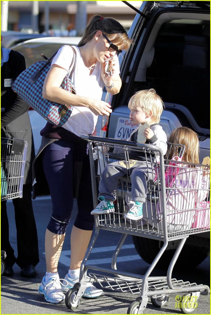 jennifer garner errands with kids after halloween 272984633
