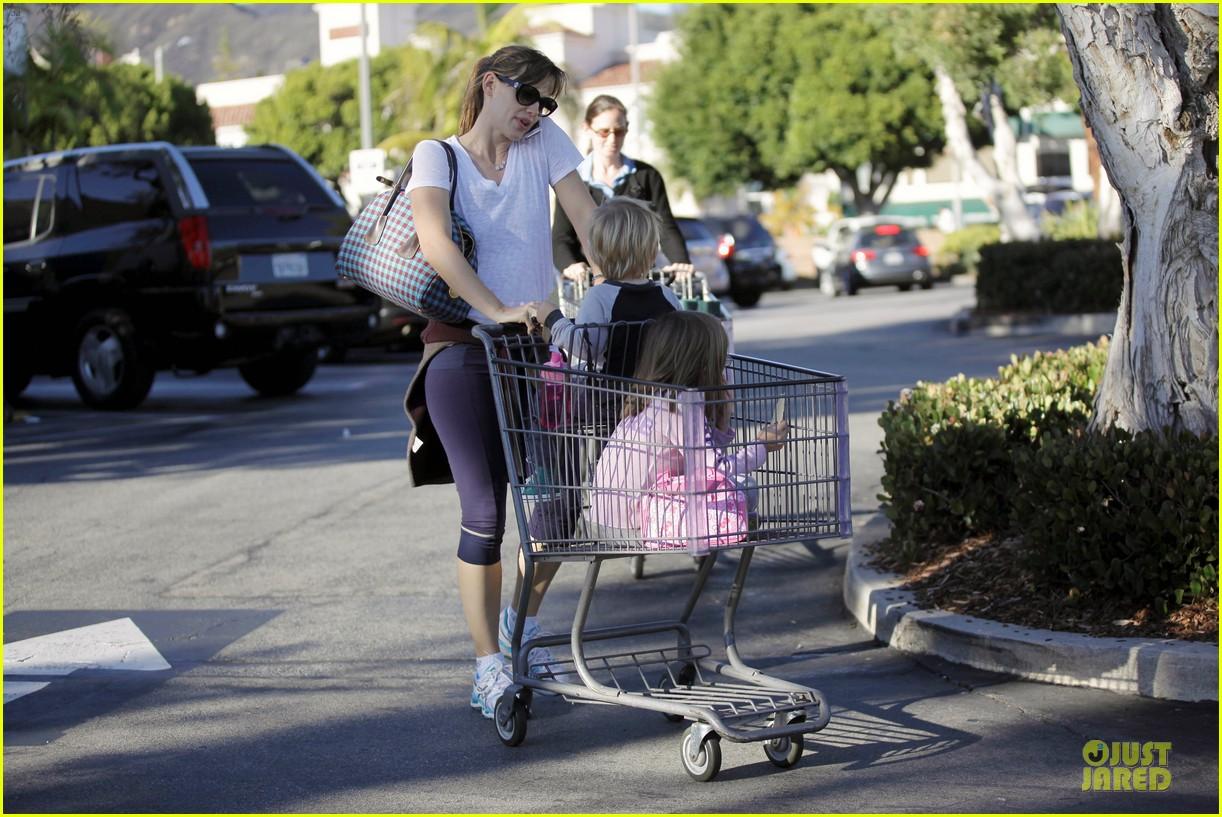 jennifer garner errands with kids after halloween 302984636