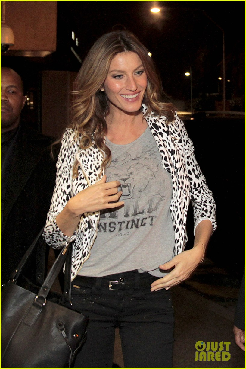 gisele bundchen good luck christy turlington in nyc marathon 062985561