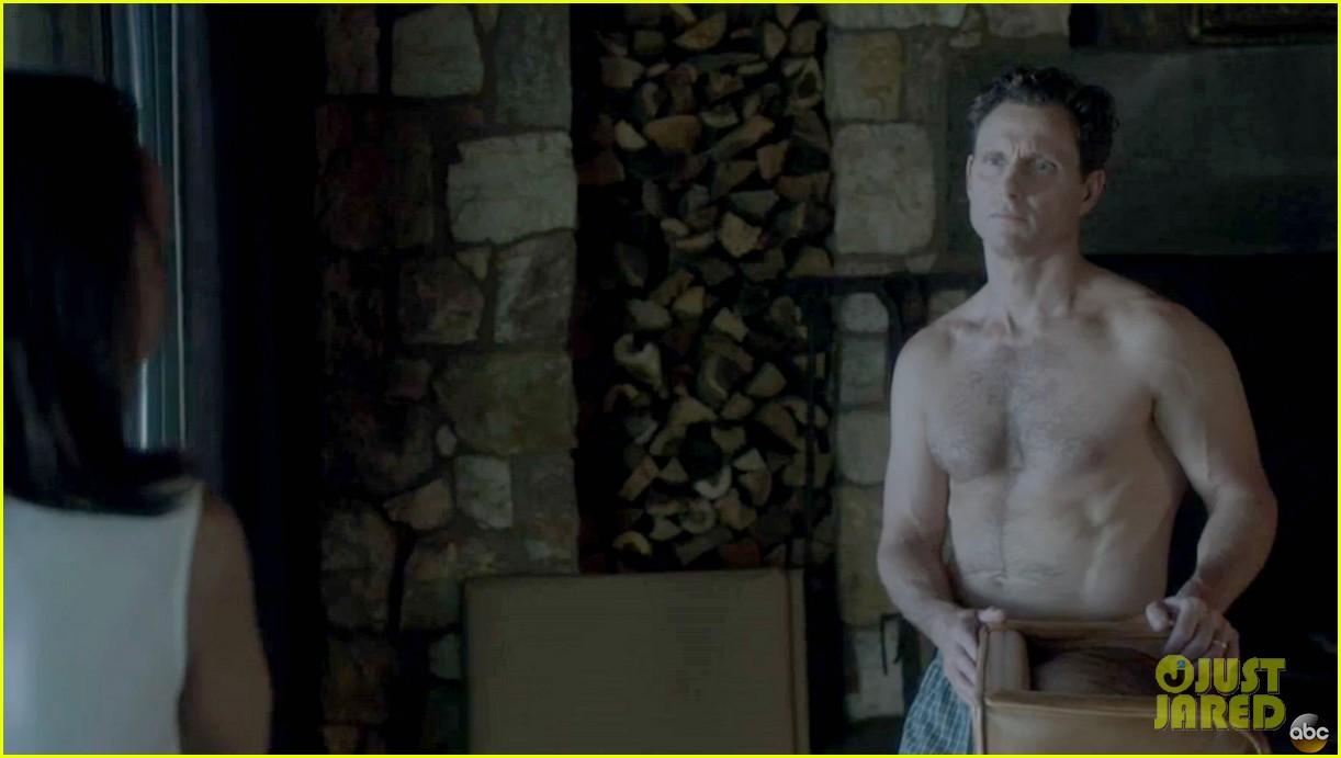 tony goldwyn shirtless pictures scandal 053001899